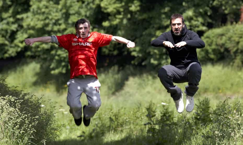 Steve Evets and Eric Cantona in Looking for Eric