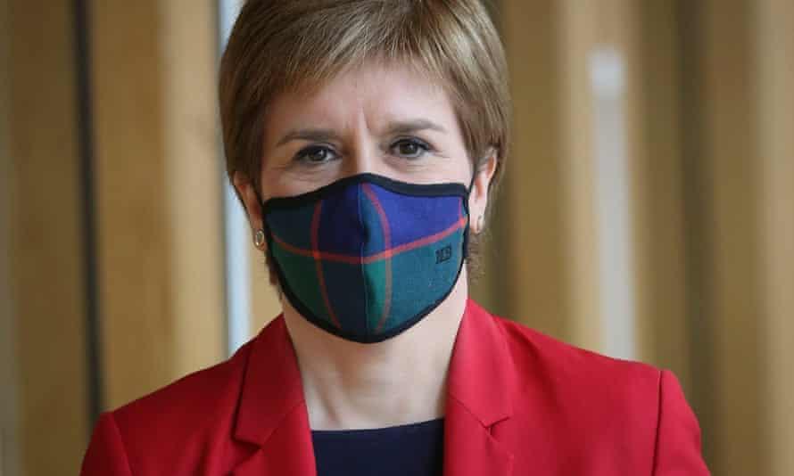 Nicola Sturgeon wearing mask