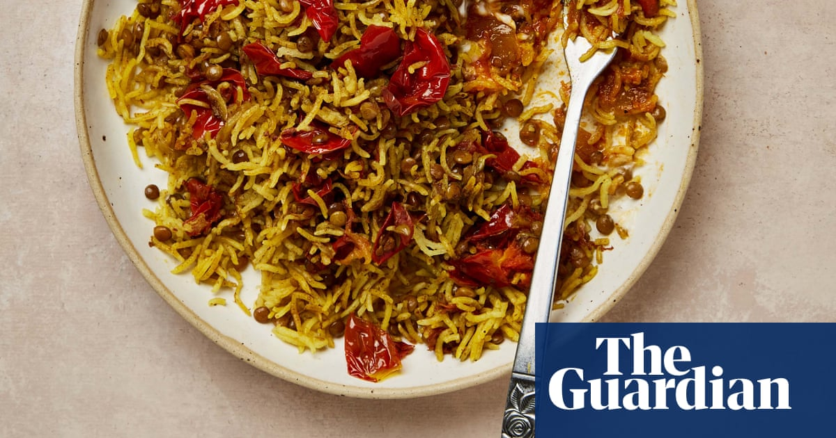 Meera Sodha's vegan recipe for tomato and turmeric kitchari