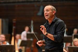 Mark Wigglesworth, conductor