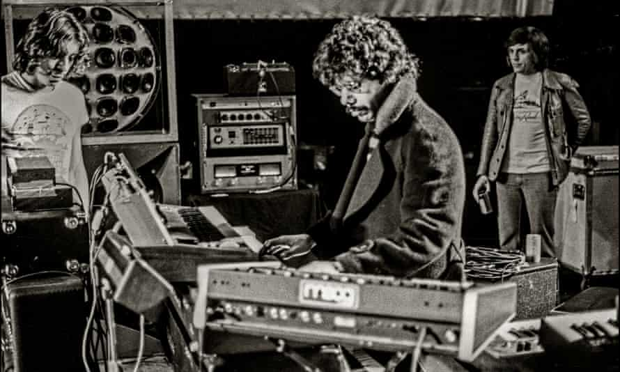 Chick Corea playing live in London in 1976 at the New Victoria theatre with his fusion band Return To Forever.