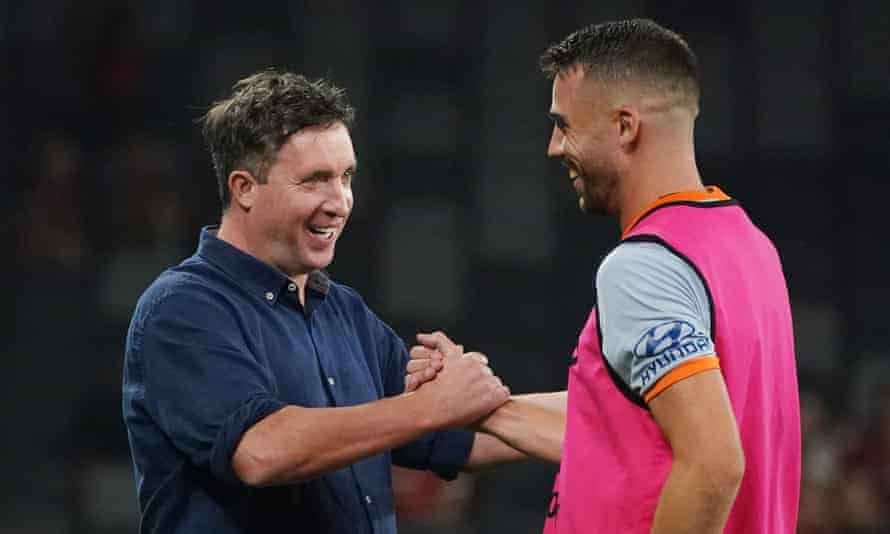 Robbie Fowler with his match-winner Bradden Inman after a Brisbane Roar game in January 2020.