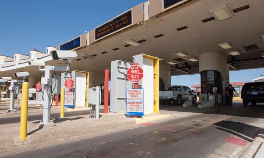 Laredo border crossing