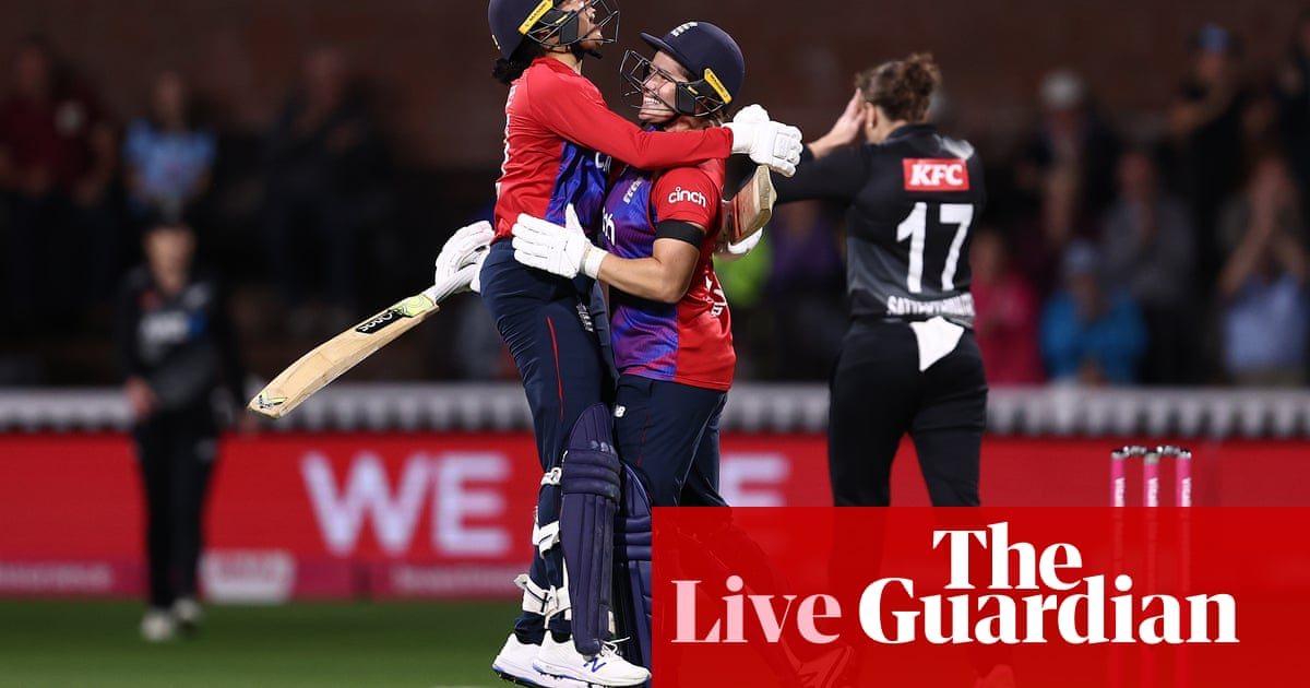 England win a thriller to wrap up the women's T20 series – live!