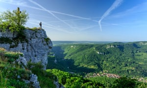 """Roche de Hautepierre lookout point on the Loue valley, in in """"Courbet Country""""."""