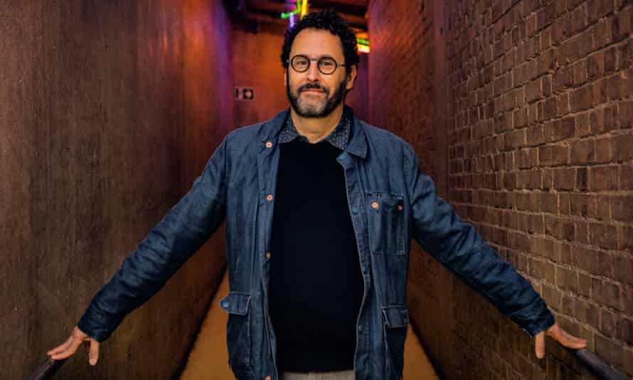 Playwrights, such as Tony Kushner, were once part of the daily life of the National Theatre.