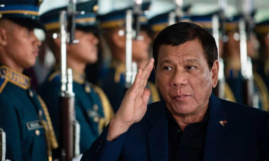 Since Duterte took power in June, his anti-drug campaign has killed between 7,000 and 9,000 suspected dealers and addicts.