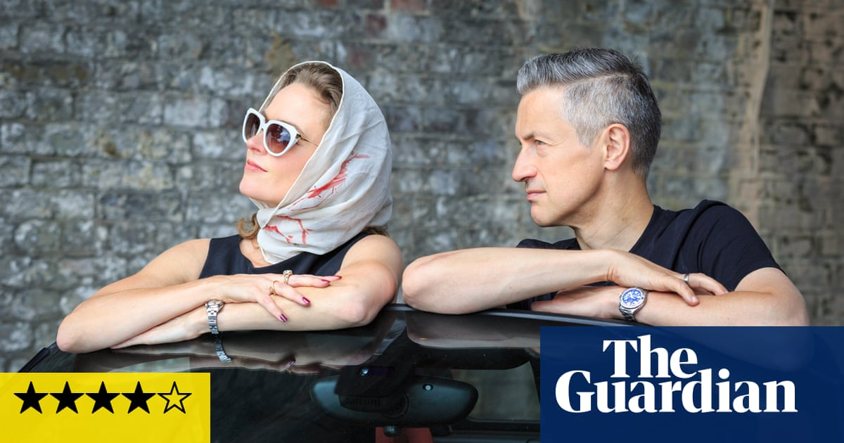 Judith and Dave OHiggins: His 'n' Hers review – duelling saxes