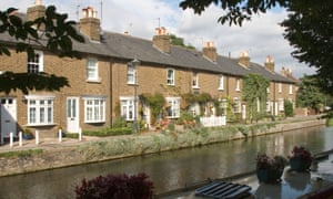 In Hertford and the rest of the county, 81% of residents aged 16-64 are in work and earning a healthy average gross salary of £33,435.
