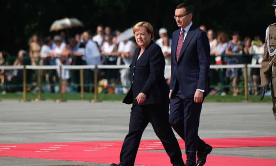 Mateusz Morawiecki with Angela Merkel.