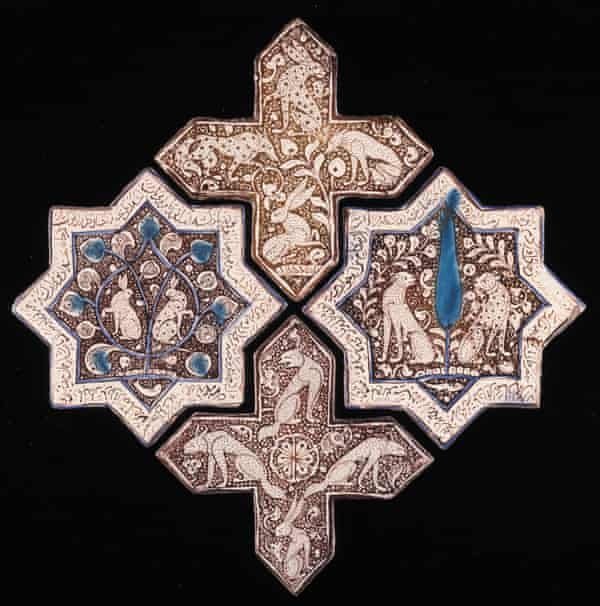 star and cross tiles (1266–67, Iran).