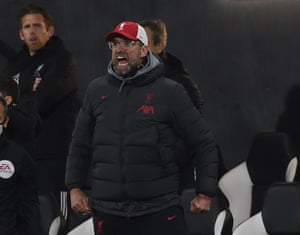 Klopp shouts to his players from the touchline