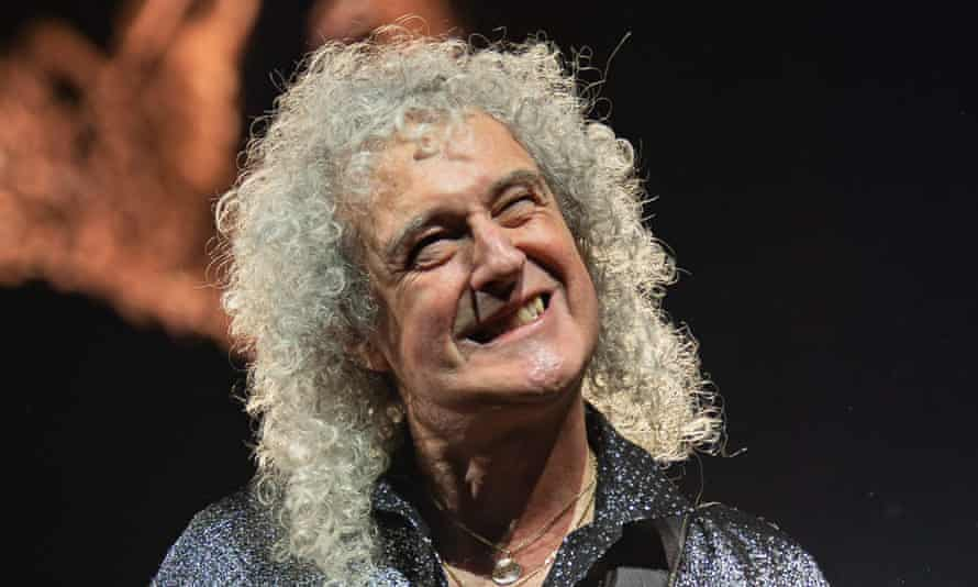 Brian May performing with Queen in January 2020.