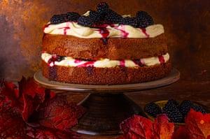 Cinnamon cake with blackberries from Dan Lepard.