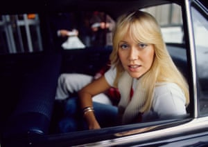 Agnetha Fältskog arrives in The Hague, Netherlands to record the TV programme Eén van de Acht in 1976.