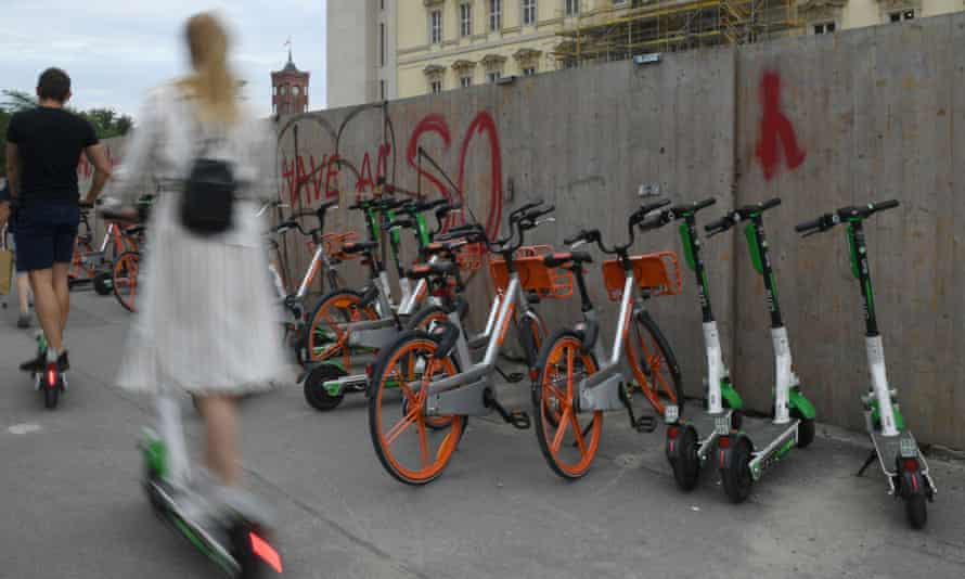 E-scooters and rental bikes in Berlin