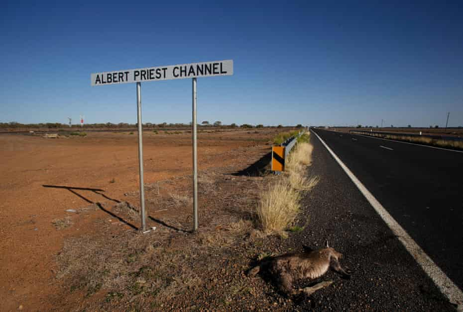 The Albert Priest channel where it crosses the Dubbo-Nyngan road.