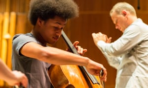 cellist Sheku Kanneh-Mason and conductor Carlos Miguel Prieto at the Barbican