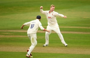 Simon Harmer of Essex celebrates after taking the wicket of Tom Banton of Somerset.