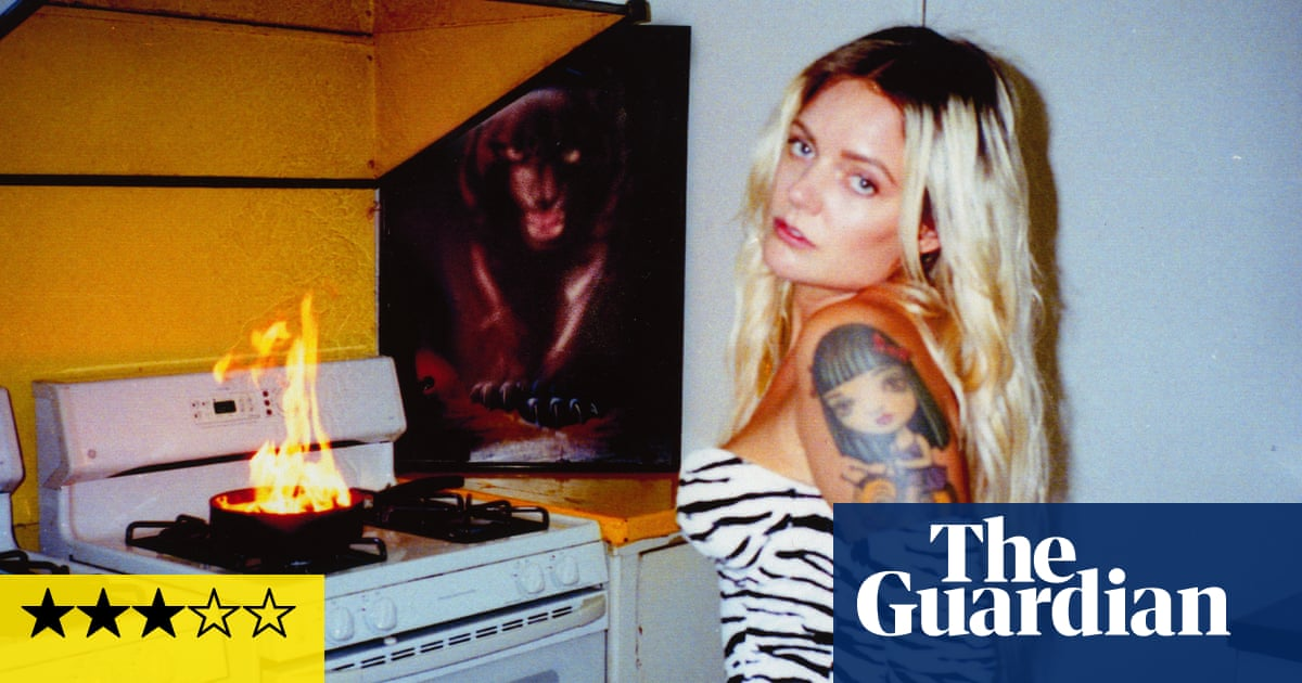 Tove Lo: Sunshine Kitty review – pop nihilist peers out of the shadows