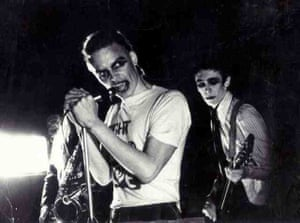 Charlie Higson singing and Paul Whitehouse on guitar in Right Hand Lovers 1977-78