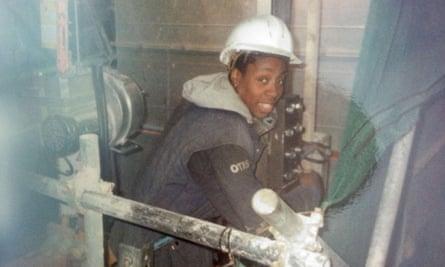 Gina Yashere, lift engineer.