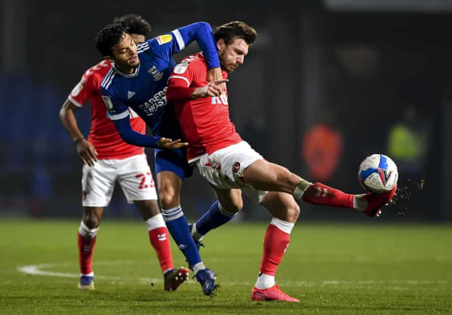 Ipswich's Andre Dozzell struggles to find a way through against Charlton on Saturday.