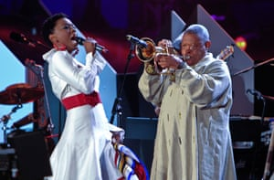 In June 2010 Masekela performed at the Fifa 2010 World Cup kick-off concert in Soweto