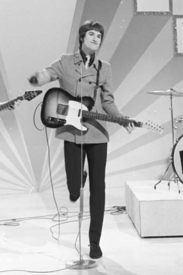 Ray Davies performing with the Kinks in 1967.