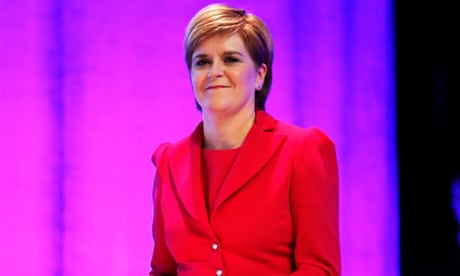Sturgeon vows Scottish independence vote in event of hard Brexit