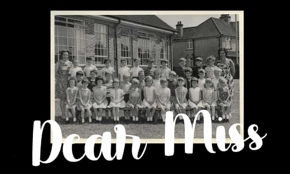Kate Mosse (front row, second from right) at Lancastrian infants school, summer 1967.