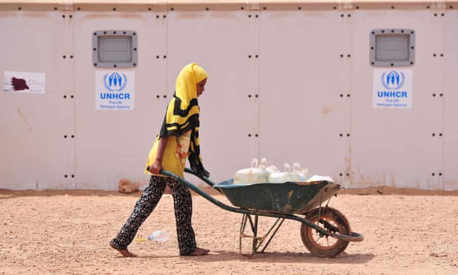 A Yemeni girl at UNHCR refugee camp