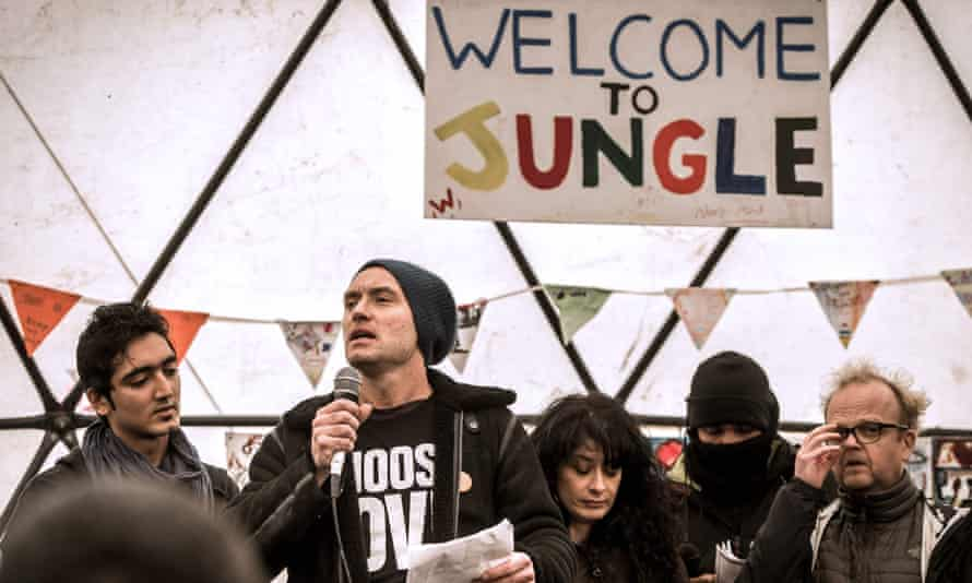Actors Jude Law and Toby Jones at the Good Chance theatre dome in the Calais refugee camp last month.