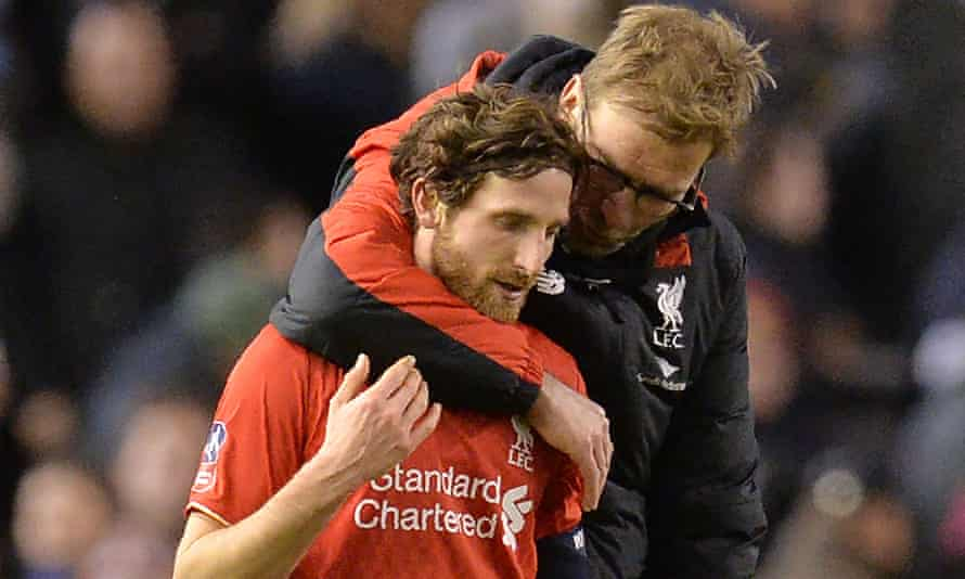 Liverpool manager Jürgen Klopp with midfielder Joe Allen, who could leave the club for Watford this summer along with Jordon Ibe.
