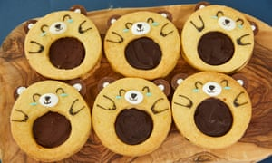 Kim Joy's cardamon, orange and chocolate bear sandwich biscuits