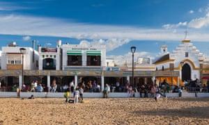 seaside restaurants on Playa de Bajo de Guía, Spain, Andalucia Cadiz Province