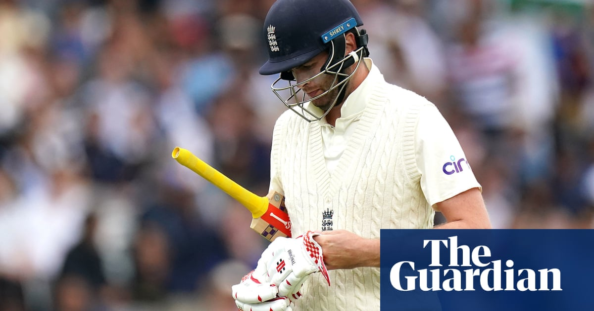 'He needs time away': England coach Silverwood drops Sibley for third Test