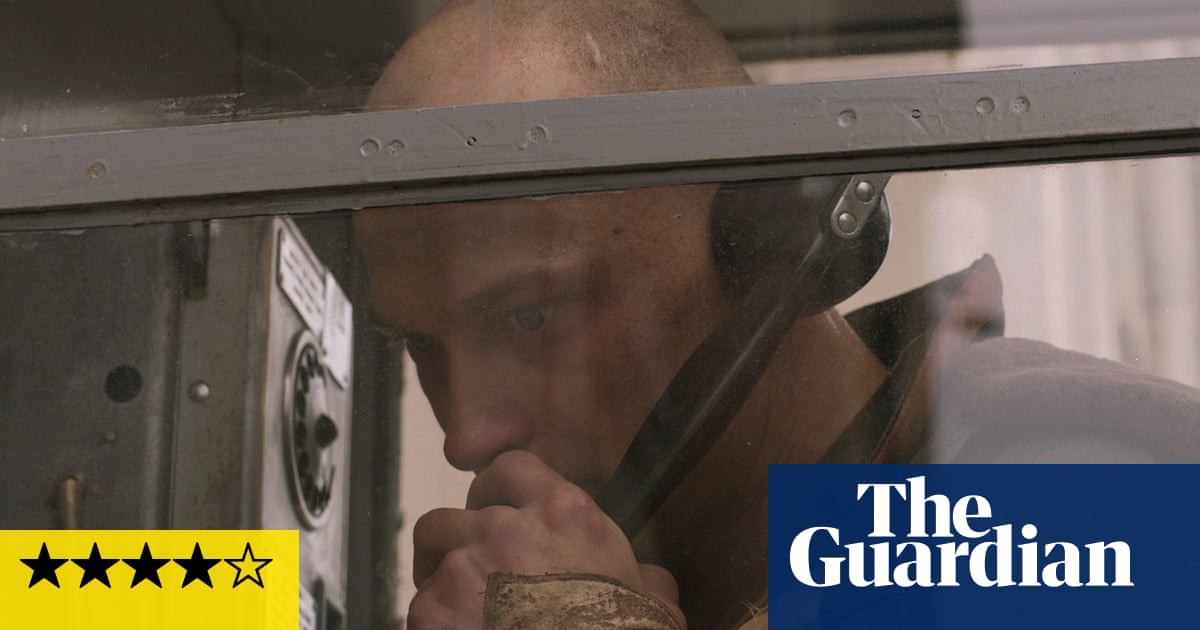 Captain Volkogonov Escaped review – on the run in through-the-mirror Soviet Russia