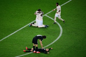 Agony for PSG players as Manchester United celebrate a famous win in Paris.