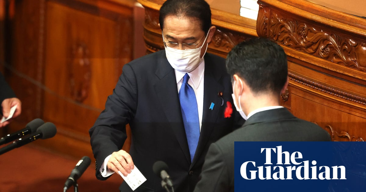 New Japan PM to call snap election on 31 October