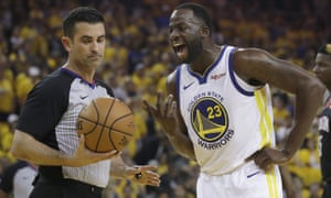 Draymond Green argues with referee Zach Zarba during Game 1 of the Warriors' series with the Rockets