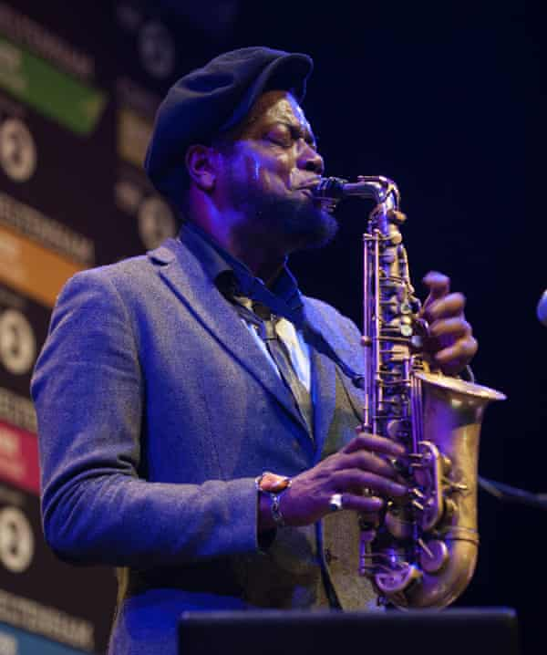 Soweto Kinch playing live in 2016.