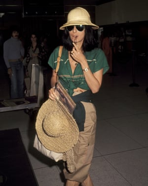 Cher … aviators? Check.