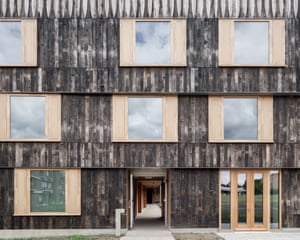 Cowan Court, Churchill College by 6a architects
