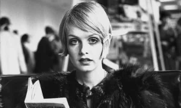 Twiggy Face Of 1966 Reveals She Hated How She Looked Fashion The Guardian
