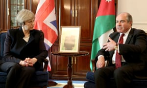 Theresa May with Jordan's prime minister, Hani al-Mulki