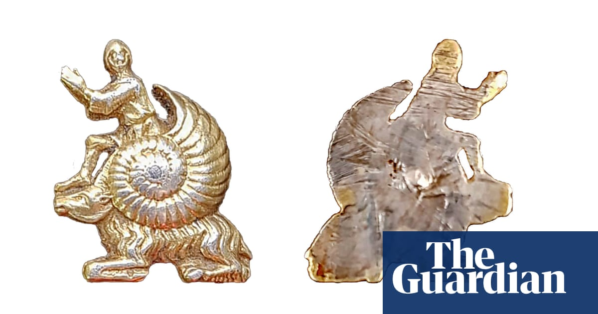 'Such a funny little thing': 'snail-man' relic may depict ancient joke