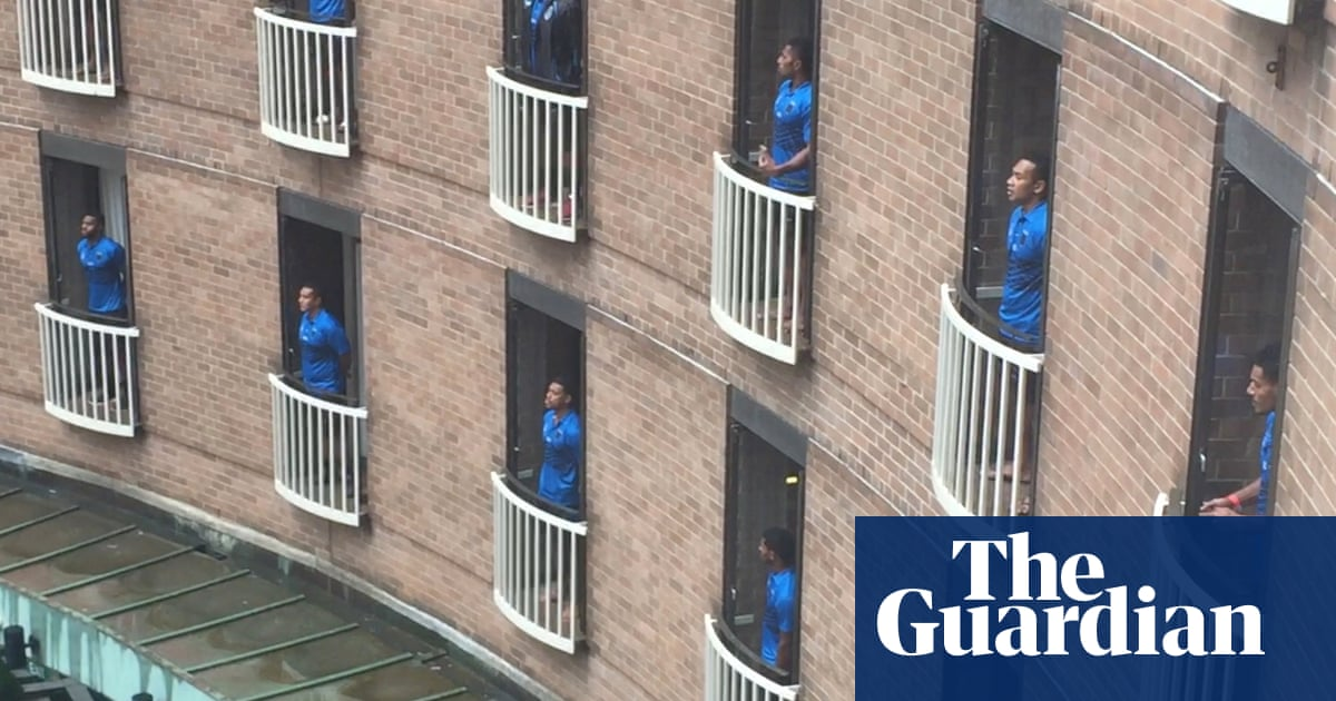 Fiji's Silktails sang from balconies for hotel – and for Australian rugby league