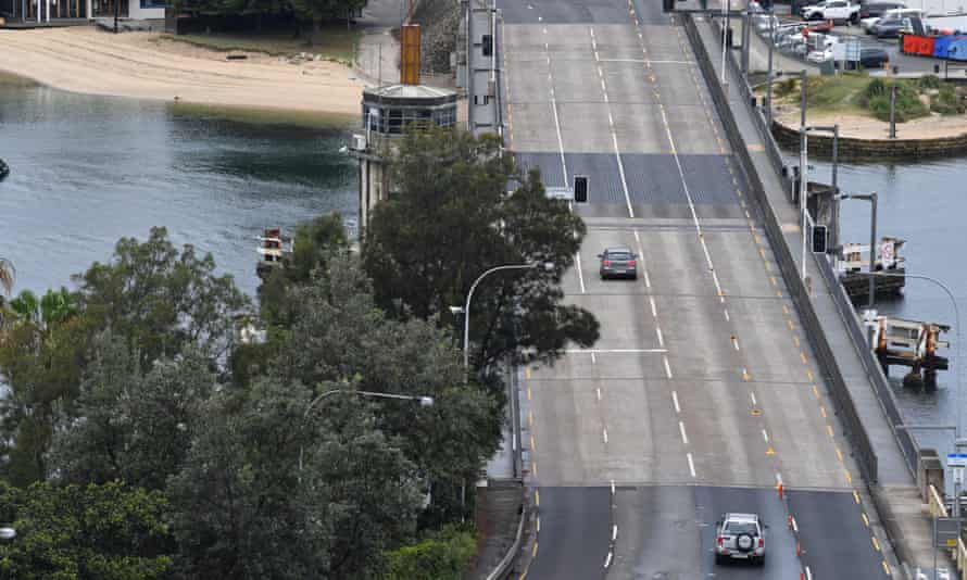 A view of a main road in Sydney's northern beaches in December 2020 during a coronavirus lockdown.