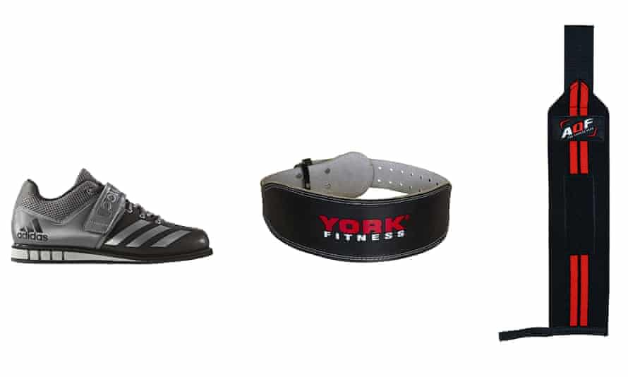Powerlifting shoes, belt and wrist support